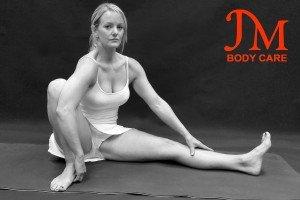 Squat ankle grasp Hamstring Stretch (1)